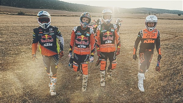 RED BULL KTM READY TO RACE